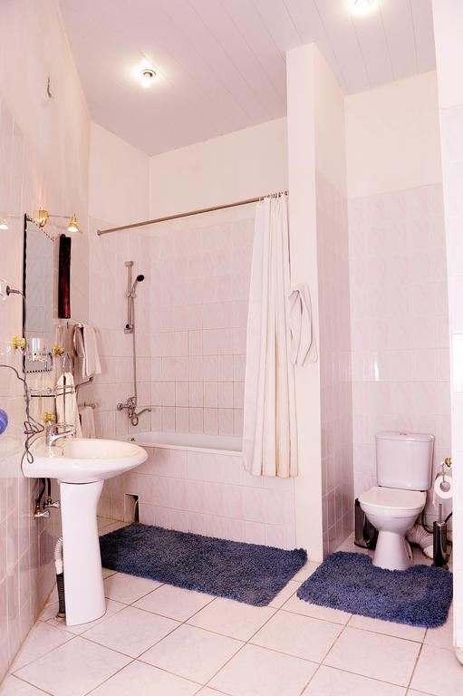Salle de bain Hôtel Minzifa Boukhara 14