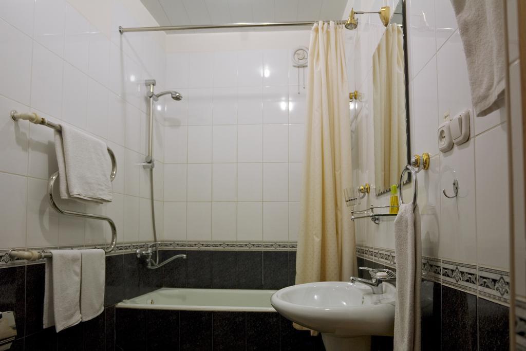 Salle de bain Hôtel Minzifa Boukhara 6