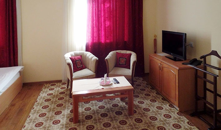 Chambre double Hôtel Asia Fergana 4