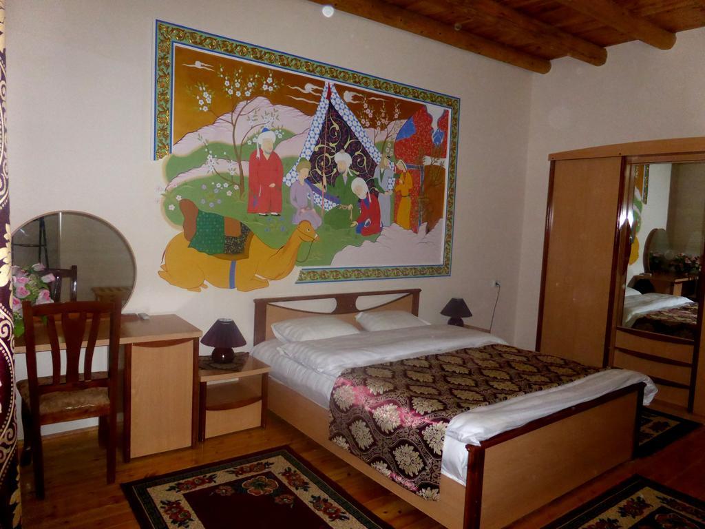 Chambre double Hôtel Hovly Poyon Boukhara