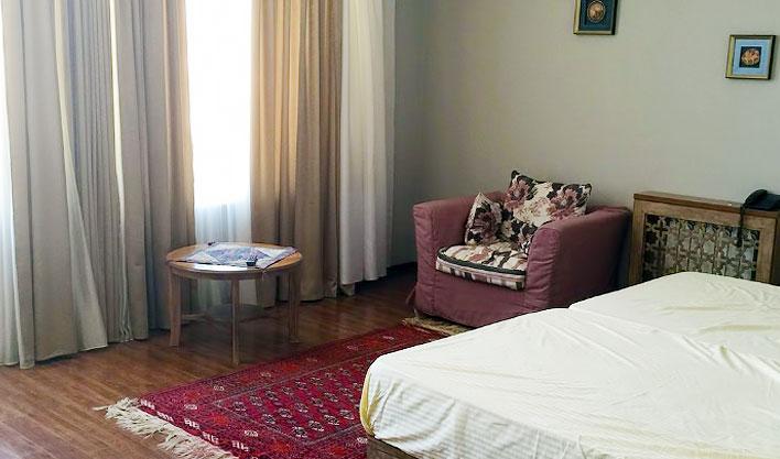 Chambre double Hôtel Jipek Joli Noukous