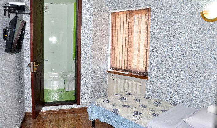 Chambre individuelle Hôtel Khan Kokand 11