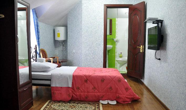 Chambre individuelle Hôtel Khan Kokand 6