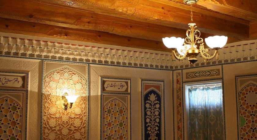 Chambre individuelle Hôtel Komil Boukhara 12