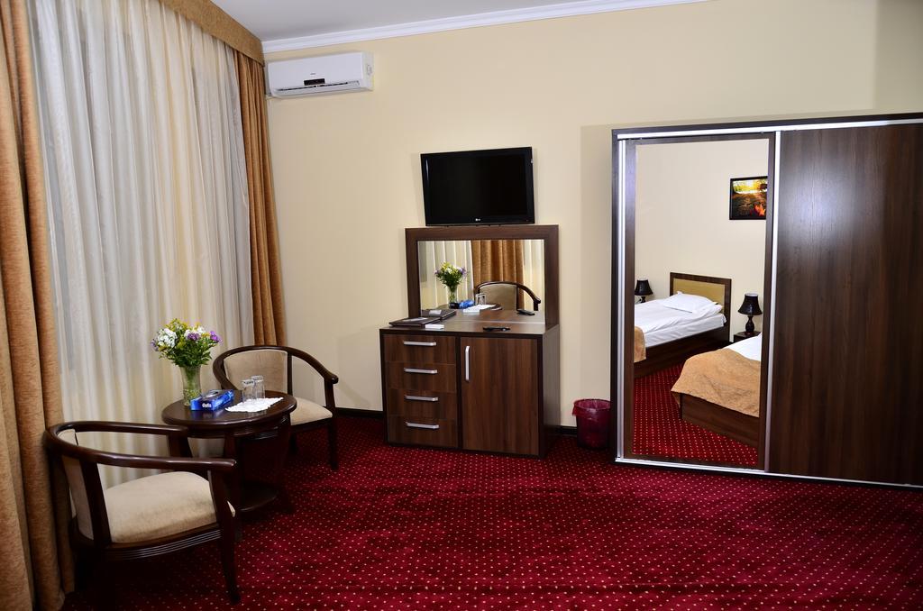Chambre twin Hôtel Diyora Samarkand 10