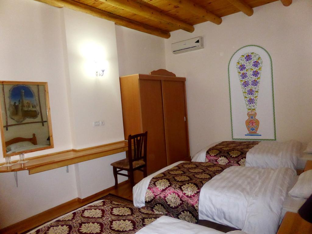 Chambre twin Hôtel Hovly Poyon Boukhara