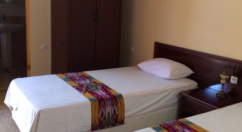 Chambre twin Hôtel Kavsar Boukhara 5