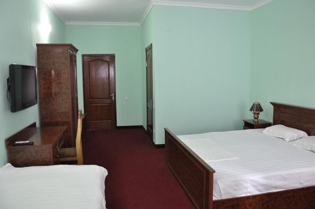 Chambre twin Hôtel Madrasa Aminkhan Khiva 1