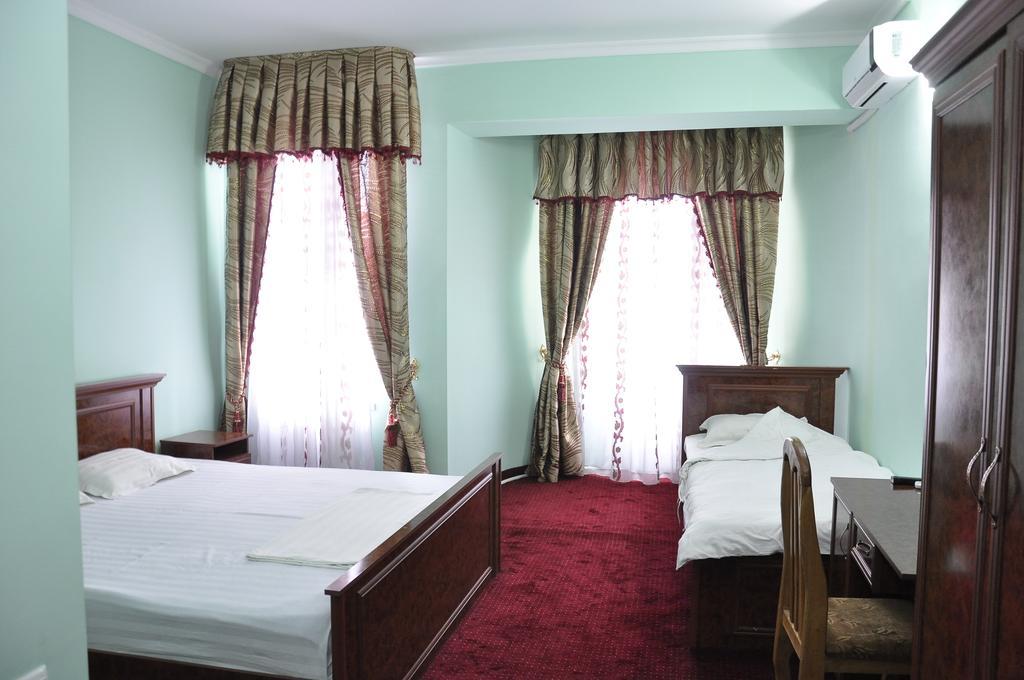 Chambre twin Hôtel Madrasa Aminkhan Khiva 3