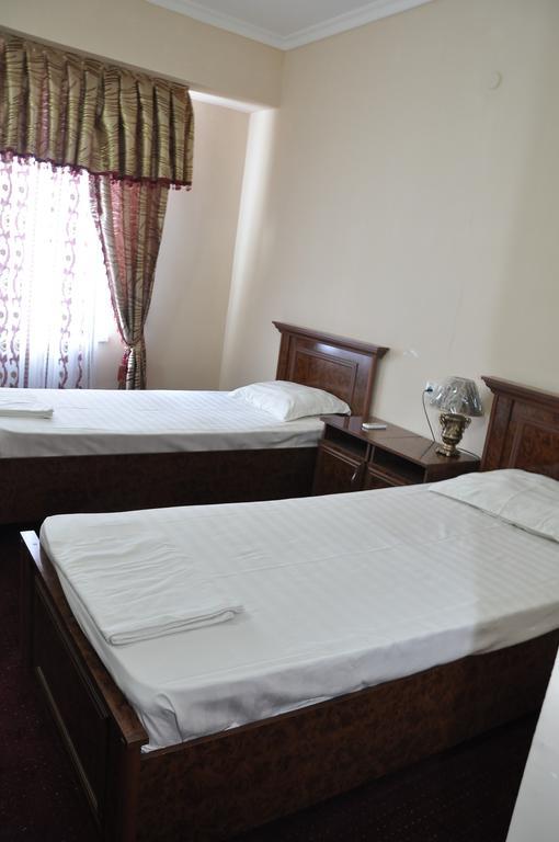 Chambre twin Hôtel Madrasa Aminkhan Khiva 8