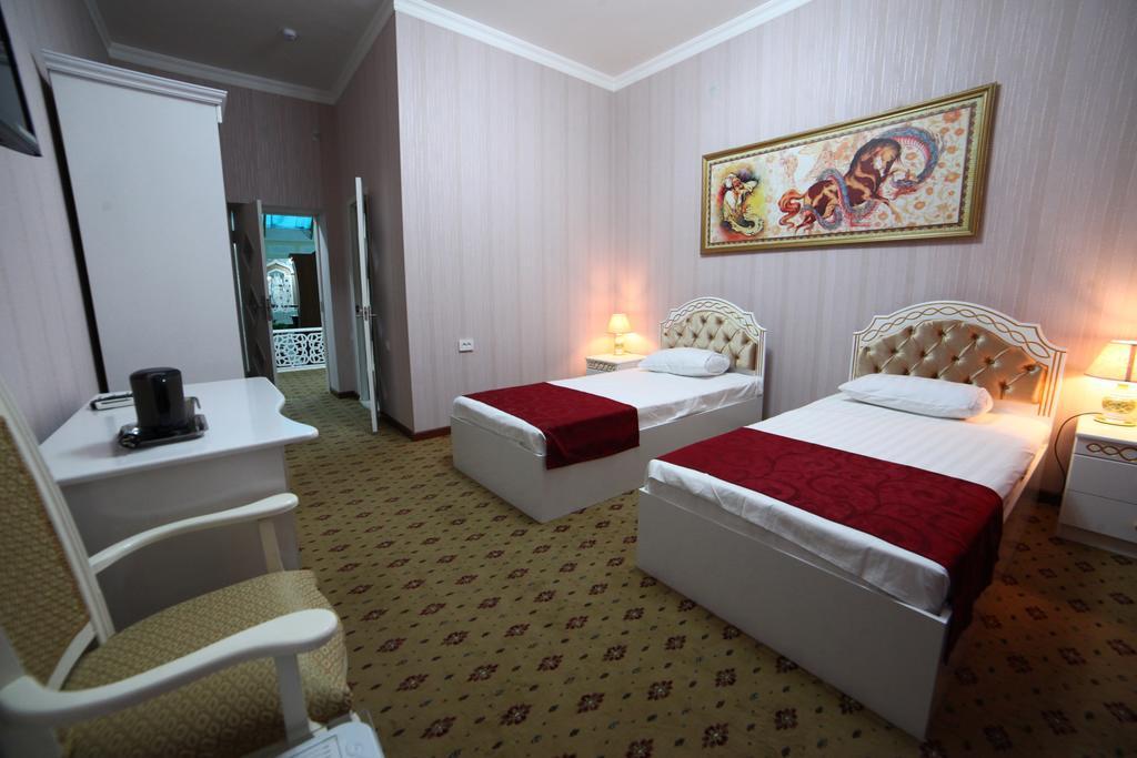 Chambre twin Hôtel Modarihon Boukhara 14