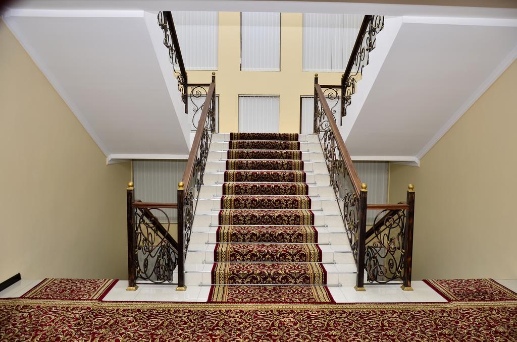 Hôtel Diyora Samarkand 8