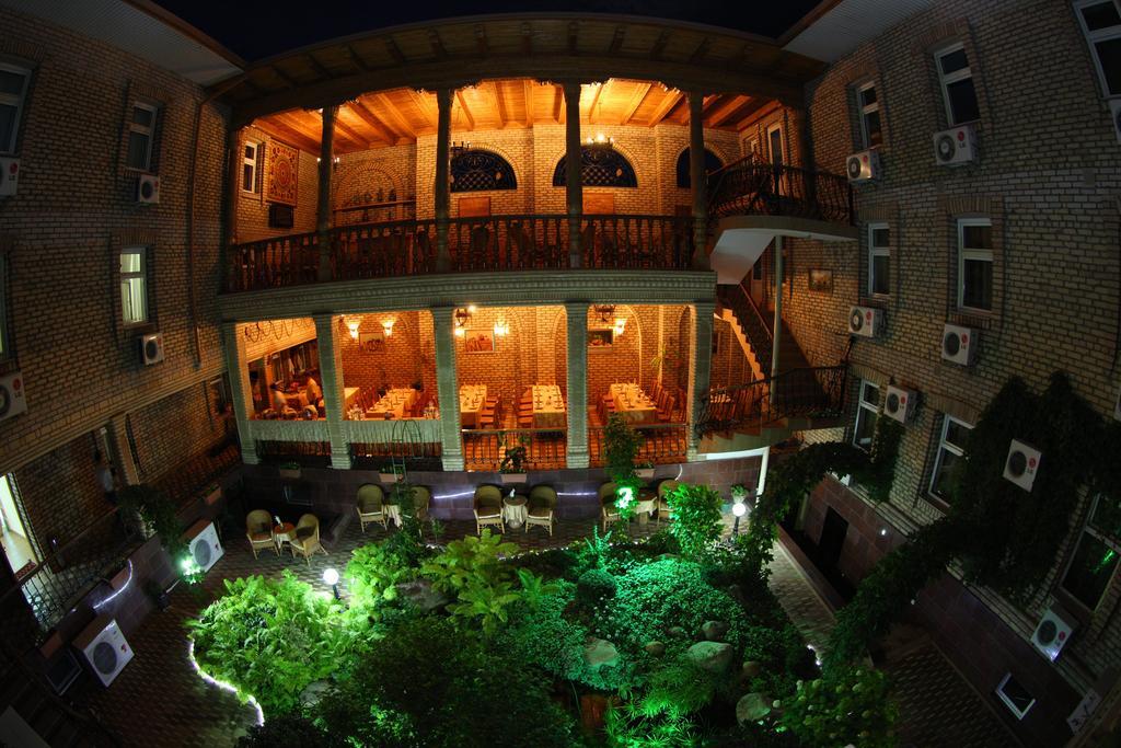 Hôtel Grand Samarkand 14