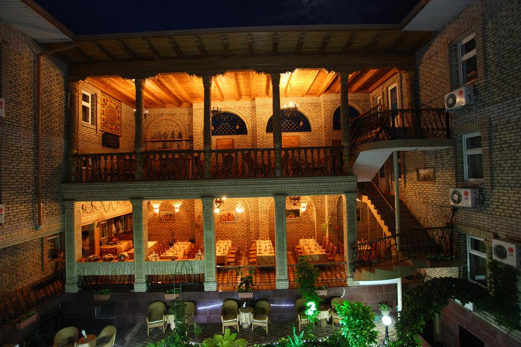 Hôtel Grand Samarkand 17