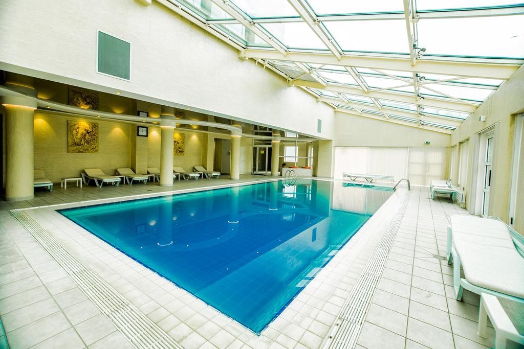 Piscine couverte Hôtel City Palace Tachkent