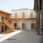 La cour Hôtel Hovly Poyon Boukhara 2