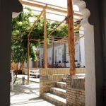 La cour Hôtel Hovly Poyon Boukhara 3