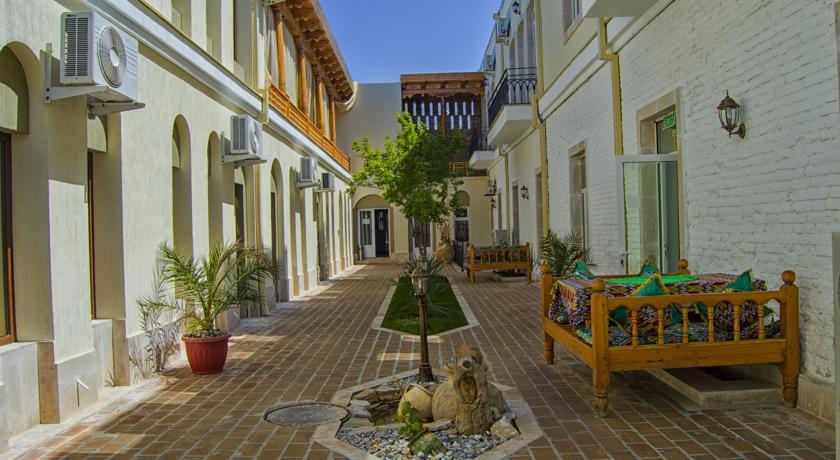La cour Hôtel Malika Boukhara