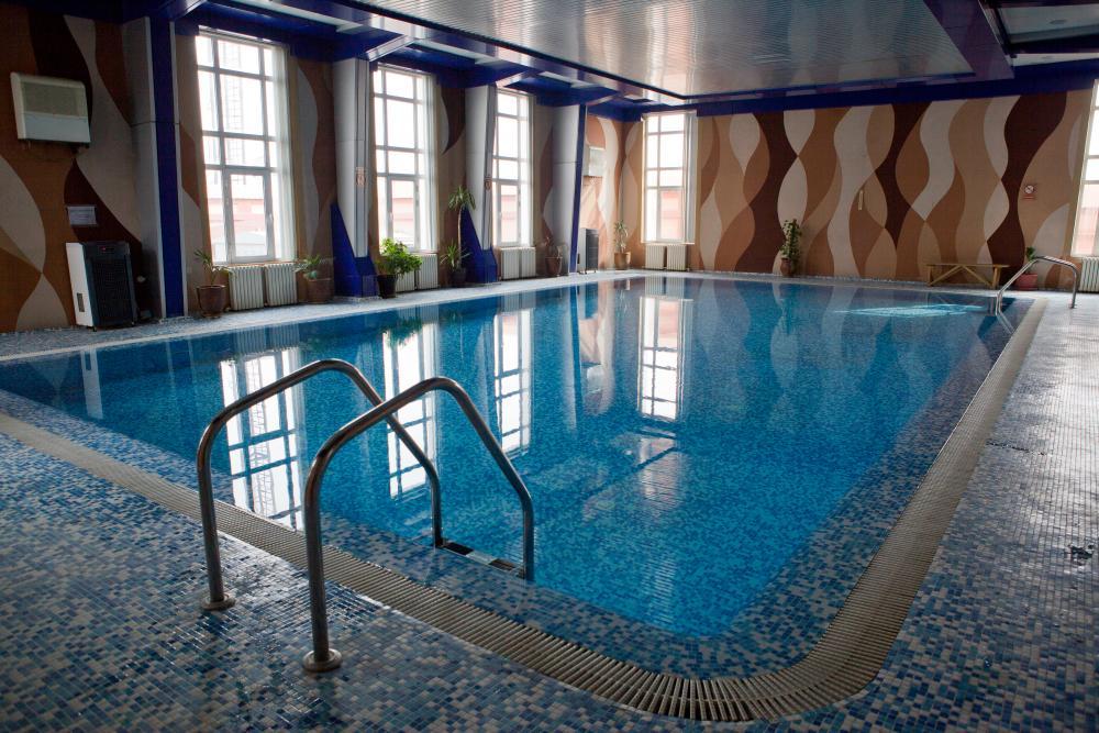piscine couverte Hôtel Asia Tachkent