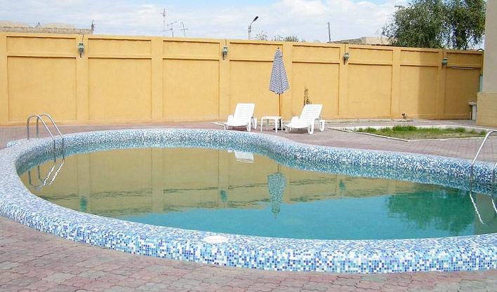 Piscine ouverte Hôtel Asia Boukhara 11
