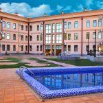 Piscine ouverte Hôtel Diyora Samarkand