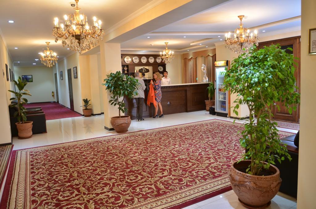 Réception Hôtel Diyora Samarkand