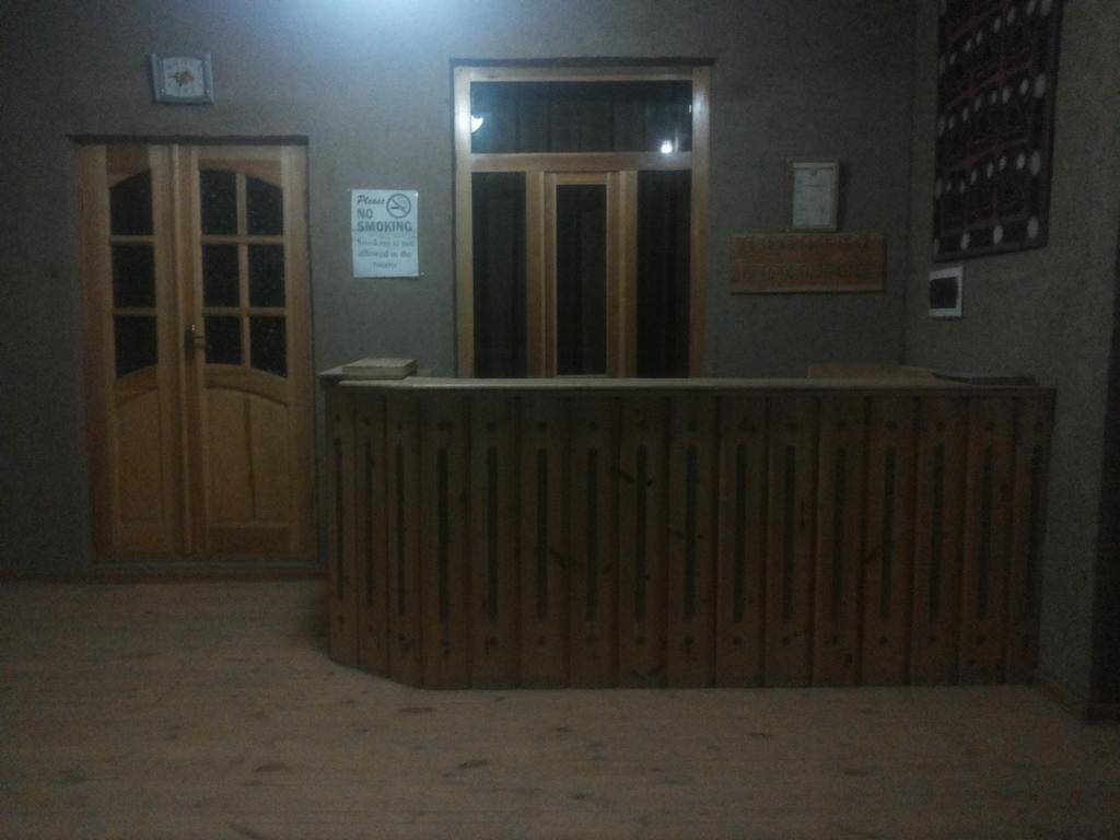 Réception Hôtel Kuvontchoy Bonu Khiva