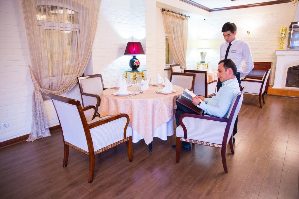 restaurant de l'Hôtel Shark Tachkent 24