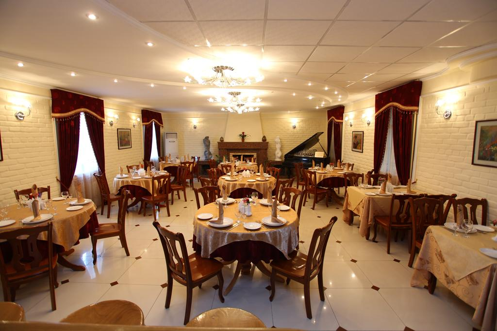 restaurant Hôtel Grand Samarkand 21