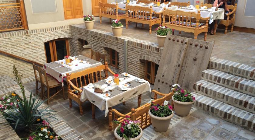 Restaurant Hôtel Kavsar Boukhara 23