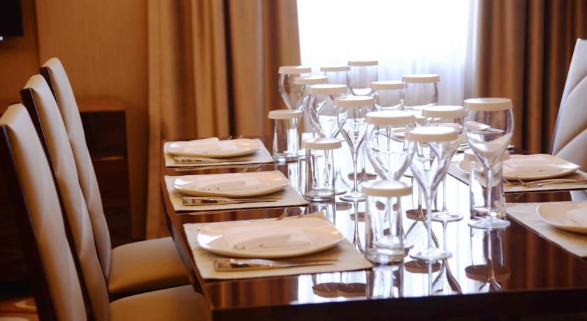 restaurant Hôtel Lotte City Hôtel Tachkent Palace 14