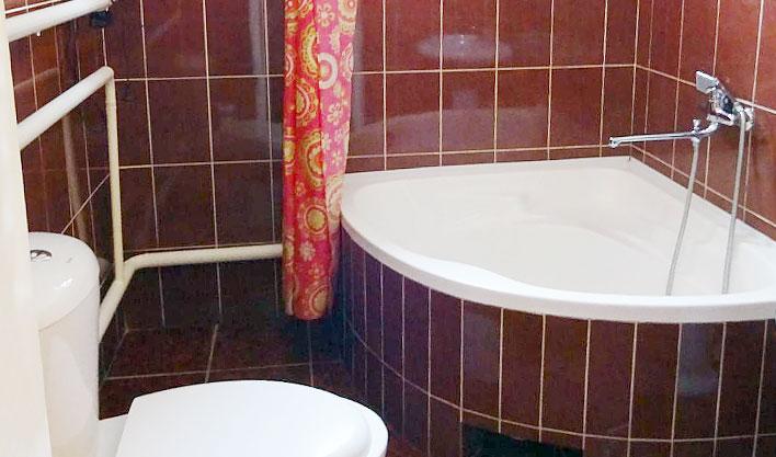 Salle de bain Hôtel Asia Fergana 2