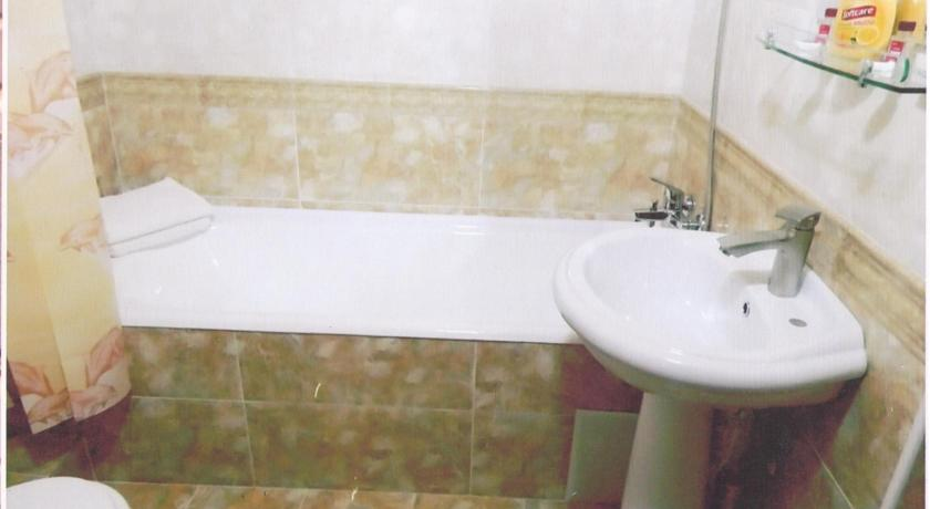 Salle de bain Hôtel Kavsar Boukhara 11