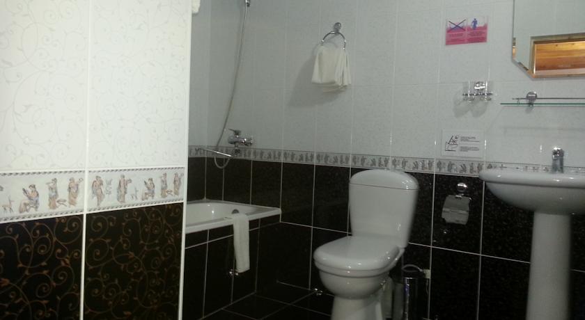 Salle de bain Hôtel Komil Boukhara 9