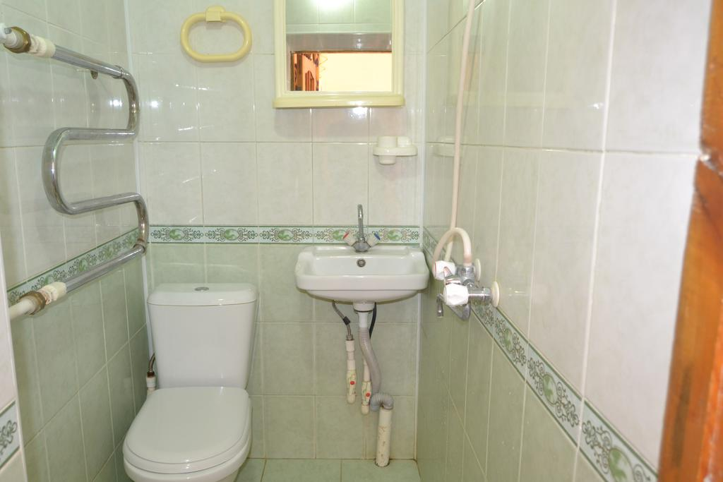 Salle de bain Hôtel Nazira&Azizbek Boukhara