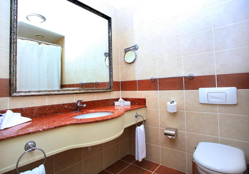 salle de bain Hôtel Radisson Tachkent 16